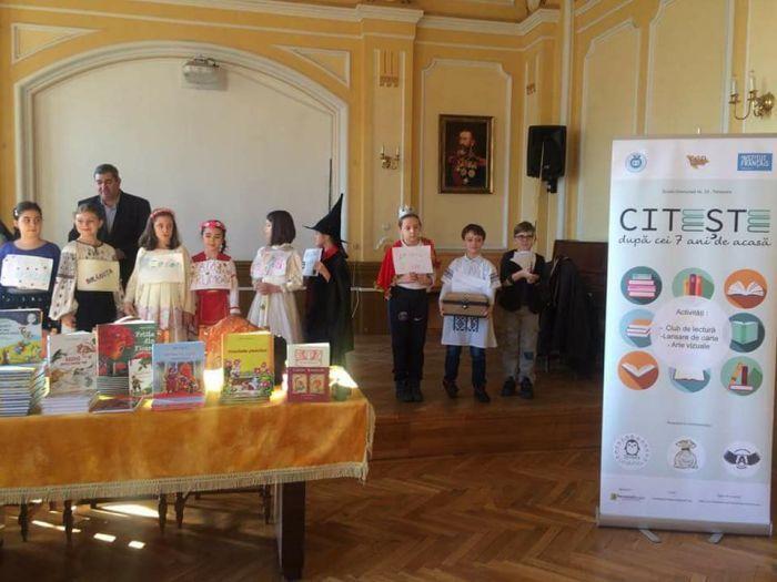 Scriitorul Petre Craciun la Liceul Pedagogic Carmen Sylva Timisoara
