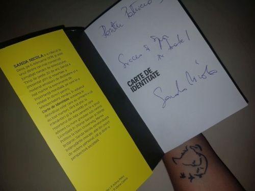 Carte de identitate de Sanda Nicola (autograf)