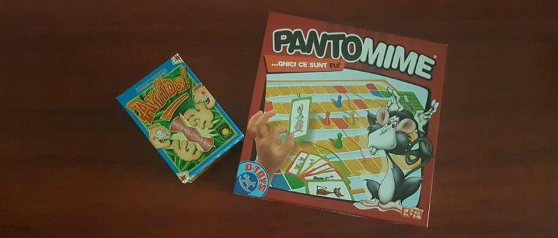 2 jocuri de societate excelente pentru distracție în familie alături de năzdrăvanii de 4+ ani